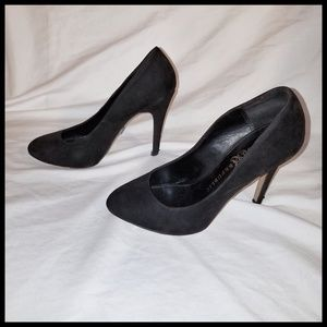 "3"" Rock n Republic Suede Pumps"